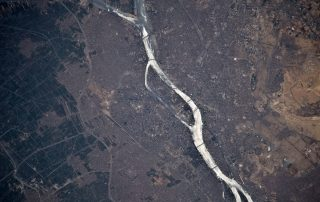 aerial-view-of-the-nile-flowing-through-cairo-egypt1